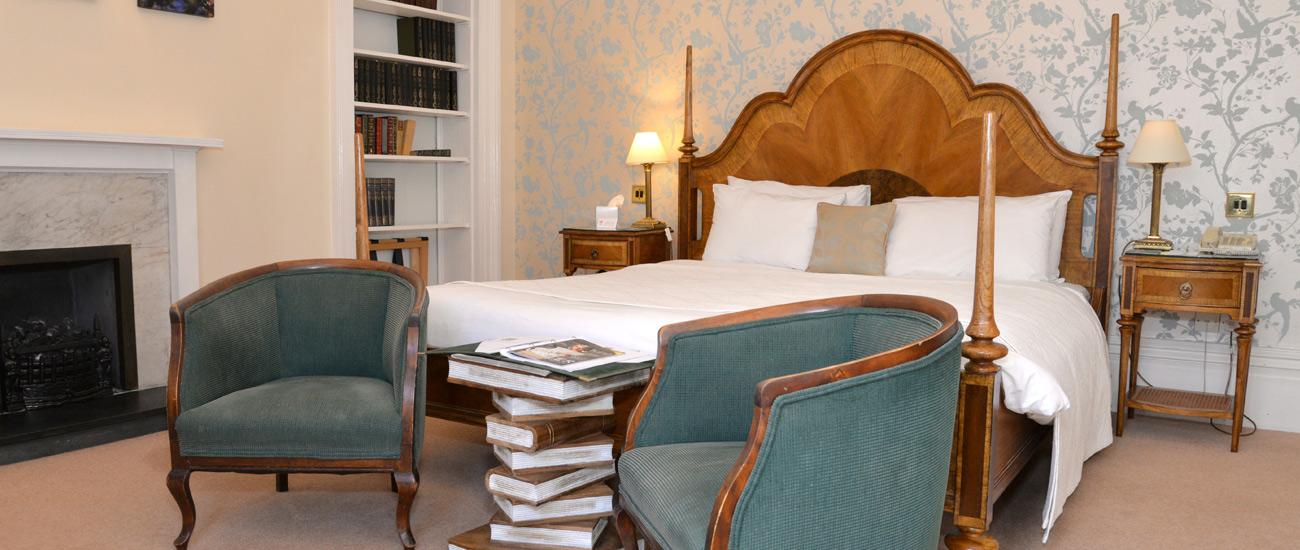 Hotel rooms in Marlborough, Chiseldon House Hotel